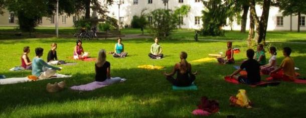 Yoga im Park 24.8. 8 Uhr