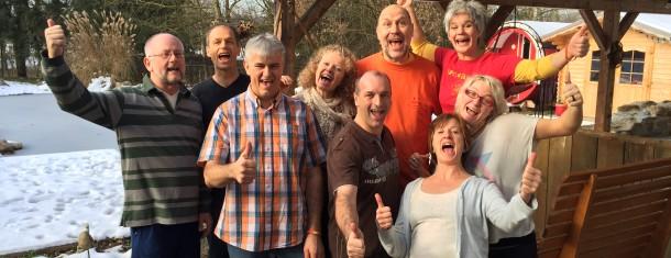 Österreich hat 6 neue  Lachyogalehrer/innen